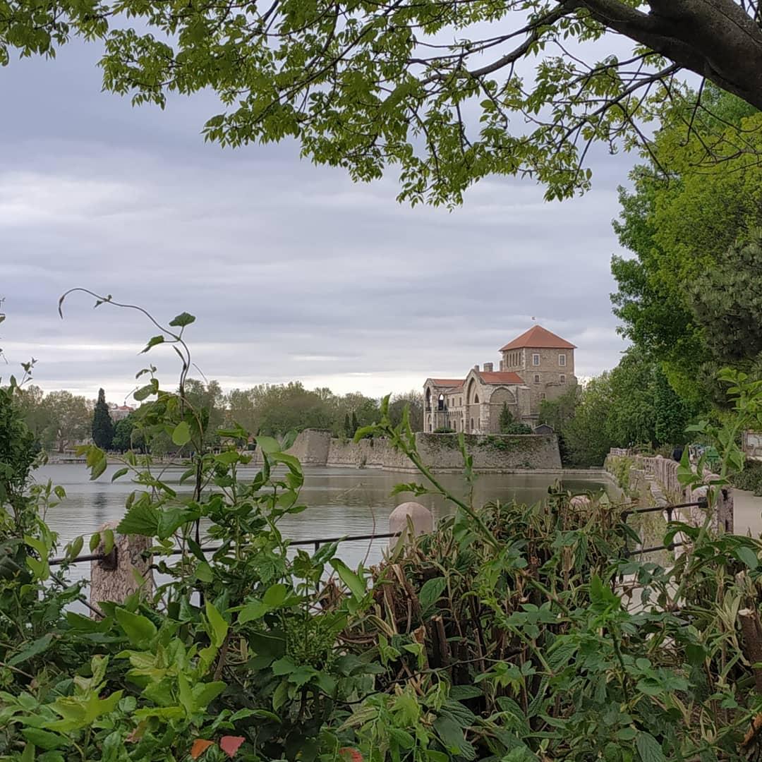 Большие титьки Анны Семёнович и самые красивые болота Венгрии